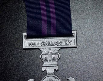 TRMN Dress Medal -D- Distinguished Gallantry Cross