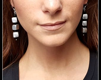 Silver-plated aluminium earrings with small cubes of black glass and silver cubes-silver and black-white and black-light-modern