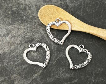 5 pcs, charms hearts perforated silver Metal, 25 x 22 mm