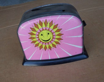vintage kids toaster metal toy pink,old tin toy,pretend play