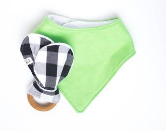 Teething Baby Gift Set, New Baby Gift, Teething Toy, Cute Baby Boy Gift, Green Drool Bib, Boy Drool Bib,Black White Teething Toy,Boy Teether