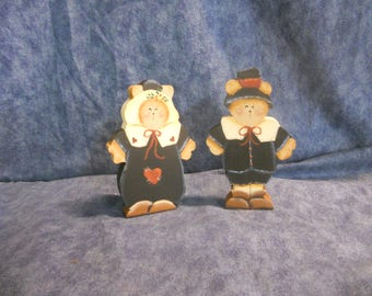 Thanksgiving Pilgrim Bears Shelf Sitters