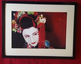 Geisha Lady in kimona, new print and frame.