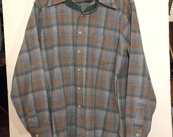 PENDLETON Vintage 100% Wool Flannel Plaid Board Shirt sz Large EX cond Made in USA