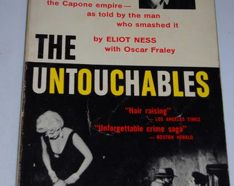 1959 The Untouchables TV tie-in series vintage paperback book true crime Al Capone by Eliot Ness