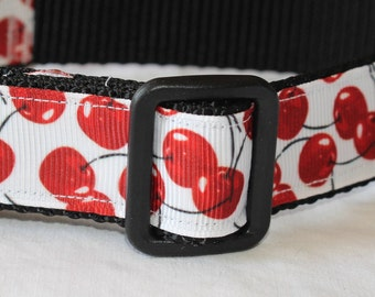"Cherry Print Dog Collar - Side Release Buckle (1"" Width)"