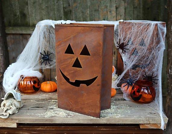 Halloween Tin Pumpkin-Rustic Tin Pumpkin-Halloween Pumpkin-Vintage Halloween-Rusty Pumpkin-Vintage Halloween Decoration-Collectible Pumpkin