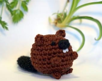 beaver plushie keychain - crochet amigurumi