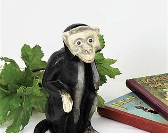 Vintage Cast Iron Monkey/1930's Hubley Style Monkey Money Box/Cast Iron Door Stop ( Ref1972Q)