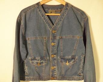 80s-90s boxy crop jean jacket// Vintage Lizwear// Blue medium denim short waist oversize// Womens size small S