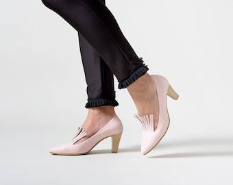 Pink heels, Wedding heels, High heels, Leather heels, Bridal shoes, Pumps, Heels, Designer shoes, High heels, Wedding shoes