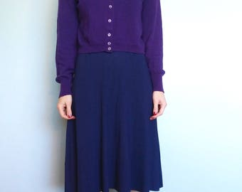 1940s 1950s purple wool cardigan with glass buttons //