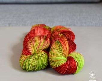 Hand dyed sock yarn, Priscilla - Sock- 85 Superwash Merino - 15 Nylon, Handdyed yarn, Handdyed sock yarn