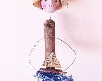 Driftwood Art - Sculpture- Nautical Art - Wire Sculpture- Boat Lover - Coastal Art- Wire Artwork