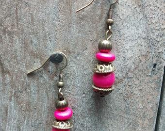 1277 - ethnic pink earrings, bronze
