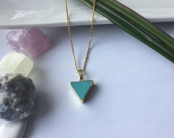 Chaine turquoise