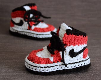 Crochet PATTERN. Air Jordans style baby sneakers.