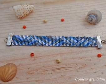 Woven bracelet with miyuki beads and seed beads