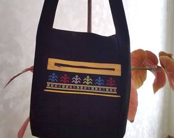 SAC1707A - Bag embroidered with ethnic style