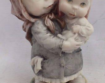 Vintage Giuseppe Armani Capodimonte Figurine - Gulliver's World Series from 1980