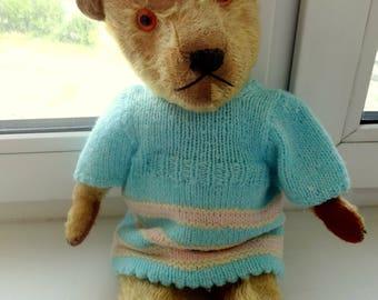 A lovely antique teddy bear Chiltern 1950-s