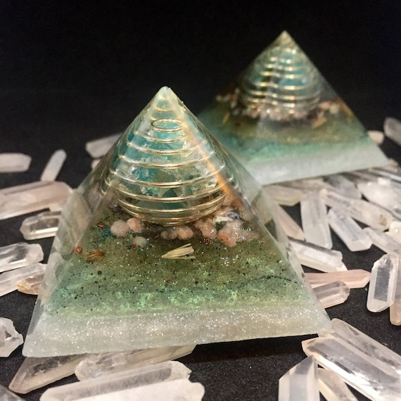Orgonite® Pyramid Set- Clairvoyant Energy and Negative Spirit Protection Orgone Pyramid- Blue Aptite & Sunstone Balancing Orgone Energy Pair