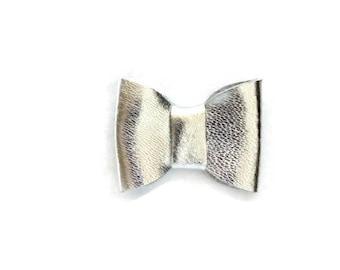 Alligator Clip Hair Bow, Genuine Leather, Hair Accessories, Silver Bow, Leather Bow, Hair Bow, Alligator Clip, Silver Leather Bow