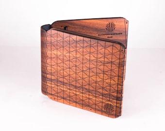 Rosewood Flexible Wood Wallet by Alexander Gontsaruk