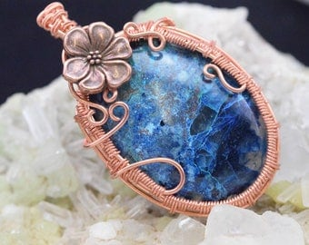 Shattuckite - Wire wrapped copper wire pendant Fleur