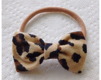 Leopard print girl/baby/toddler bow