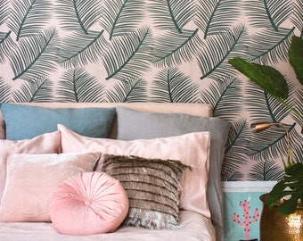 Wallpaper Palm Leaf Garden - Green on Blush Pink Wall Decor Decoration Palm Tropical Paper