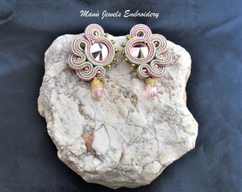 soutache earrings rose gold, soutache, soutache jewelry, handmade earrings, soutache jewels, soutache embroidery, stud earrings