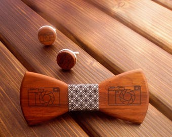 Wood bow tie Photography Wood gift set Photographer gift Photo camera Bow tie set Wood cufflinks Wood accessories set Engraved cufflinks