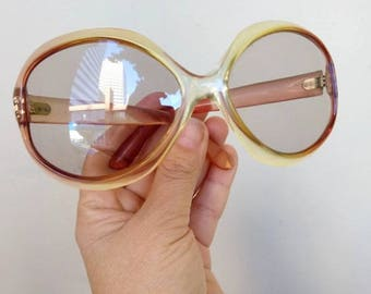 1960s or 70s Vintage Sunglasses made in France - bug eye or Jackie O style