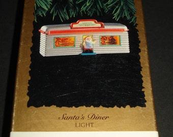 CUTE Hallmark Keepsake Magic Ornament ~Santa's Diner ~ Brand New in Box 1995