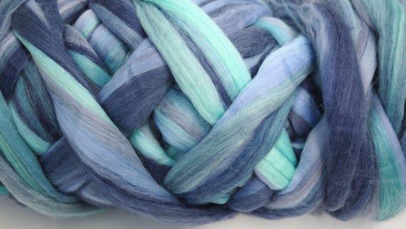 100g Light Blue Grey Mint Blend Extra Fine Merino Wool Tops