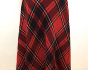 Black and red tartan plaid silk skirt by Pendeton