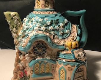 Adorable Blue Sky Heather Goldminc Collectible Teapot Rosebriar Castle