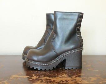1990s Vintage L.E.I. Platform Boots