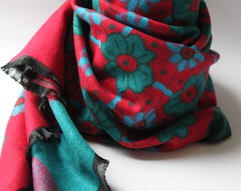 Red & Green Giant Pashmina