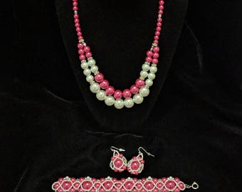 Bold Pink and White Beaded Jewelry Set