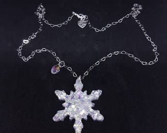 Necklace with snowflake resin/resin snowflake Necklace