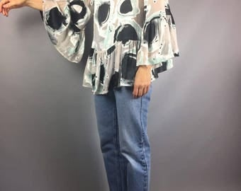 SILK blouse Designer clothing Vintage silk blouse Flounce blouse White blouse Print Size medium Boho chic 70s style blouse Womens clothing