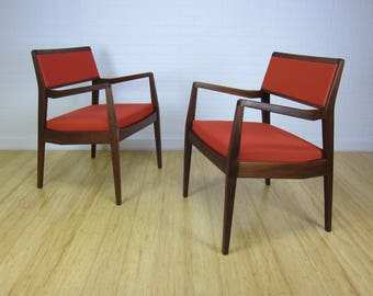 """A Pair of Mid Century Modern Side Chairs In the Style of Jens Risoms C140 """"Playboy"""" Chairs"""