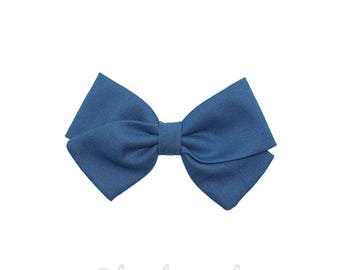 Barrette girl or baby blue duck bow headband