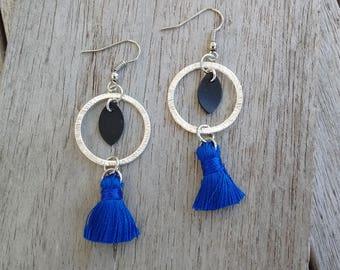 Hoop earrings with blue Pompom and sequin in inner tube recycled - dangle earrings - long earrings - lightweight earrings