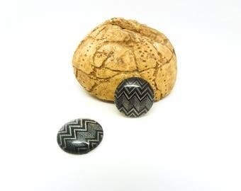 2 glass cabochons 14mm blanc(SFCV11-09) geometric black herringbone pattern