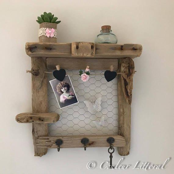 etag re p le m le et porte cl s bois flott. Black Bedroom Furniture Sets. Home Design Ideas