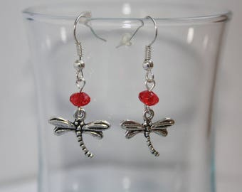 These handmade Dragonfly and Red bead earrings