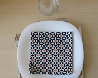 Napkin geometric - black and gold - 34 x 34 cm